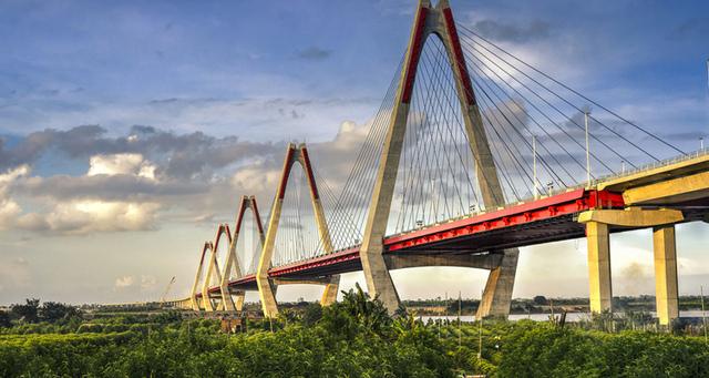 Cầu Nhật Tân sẽ trở thành điểm nhấn và là cửa ngõ kết nối giữa thành phố thông minh