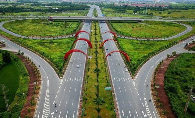 Khu vực quy hoạch dự án thành phố thông minh kéo dài 11km bắt đầu từ ngã tư đường Võ Nguyên Giáp và đường 5 về hướng sân bay Nội Bài