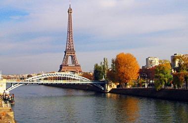 Thăm sông Seine, nghĩ về quy hoạch bắc sông Hồng